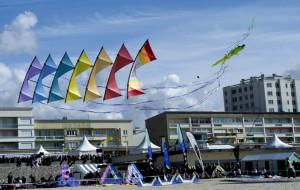 Revolution kite stack